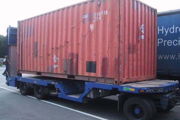 container-2FF57FBC1-80A5-9A42-7485-0A418D1D5430.jpg