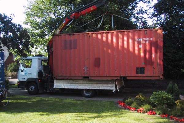 container-6CEEA2D06-A226-881B-6A67-0BE3FB42E358.jpg