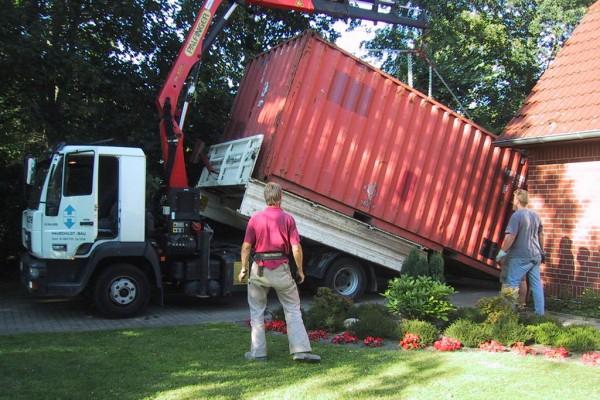 container-73AE51544-1EDF-1FB5-D346-E17A0B41663B.jpg