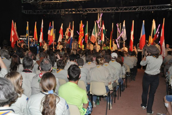 eurocamp-37C5E936A7-724C-FF9E-110A-BB7AEC8D5282.jpg